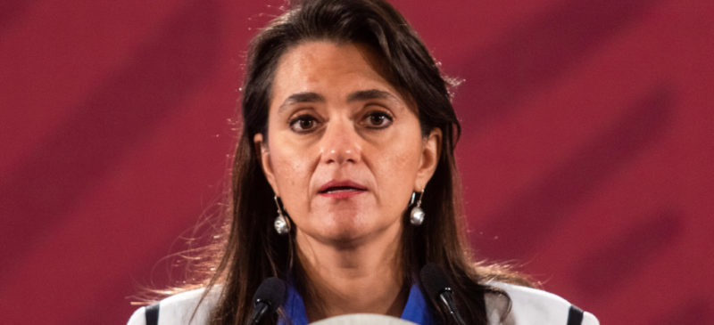 Videos: Con Peña Nieto, nueve millones de facturas falsas, afirma la jefa del SAT; autoridades dejaron que sucediera, y generaron incentivos para violar la ley, dijo