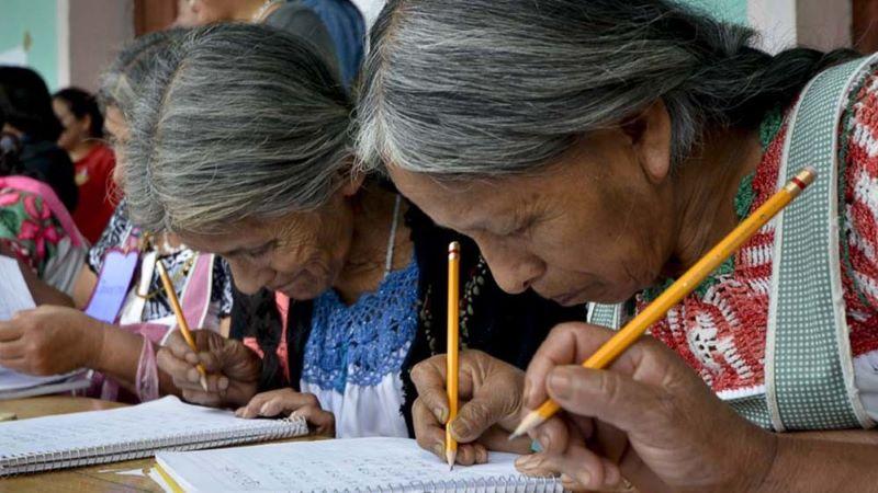 #DíaDeLaAlfabetización: 750 millones de personas no saben leer ni escribir en el mundo