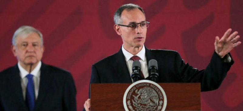 """Gobierno acusa """"campaña de desprestigio"""" sobre el dengue; mercados """"amafiados"""" se disputan compras de insecticida"""