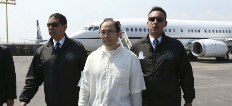 Video: Zhenli Ye Gon acusa que la PGR le hizo perdidizos 70 millones de dólares en efectivo; AMLO le recomienda hacer la denuncia ante la FGR