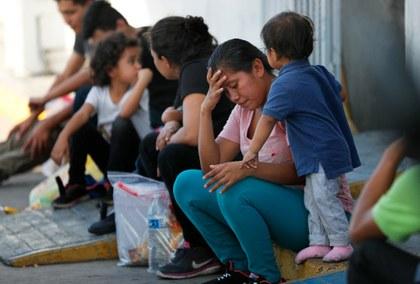 Bloqueo de EU a peticiones de asilo pone en aprietos a México