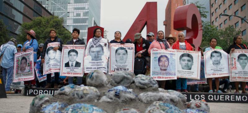 """Video: La Fiscalía General de la Repúlica investiga a quienes liberaron a """"El Gil"""", operador de la desaparición de los 43 de Ayotzinapa, pese a 107 pruebas de la PGR y de la DEA"""
