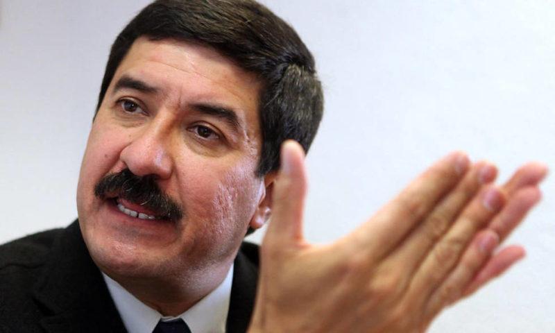 Plantea Corral romper con la Federación y llama a la 'descoordinación fiscal'