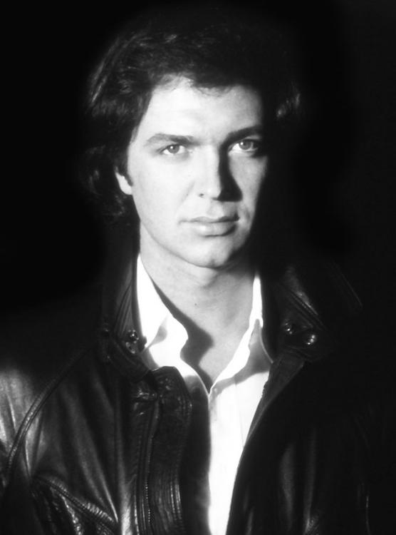 Murió el cantante español Camilo Sesto, a los 72 años de edad