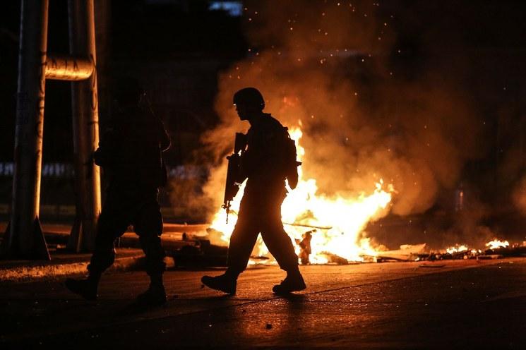 Disturbios en Chile dejan ocho muertos y heridos graves