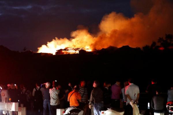 Videos: Incendio destruye el histórico castillo japonés Shuri, símbolo del patrimonio cultural
