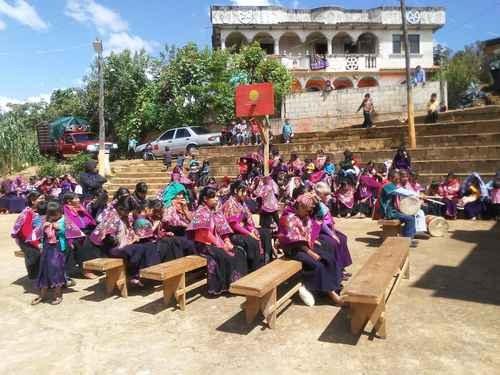 Jornada por la reivindicación de los pueblos originarios en 18 entidades y ocho naciones