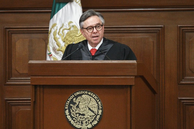 Tras intenso debate, aprueba Senado renuncia de Medina Mora