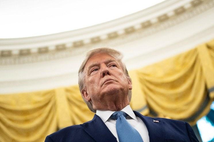 Casa Blanca impide al embajador ante la  Unión Europea declarar en pesquisa contra Trump