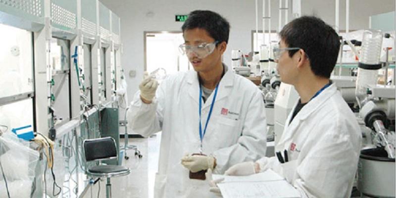 Aprueba EU tratamiento creado en China contra el cáncer