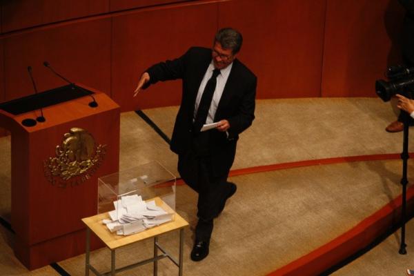 Acuerda Morena reponer elección para la Comisión Nacional de los Derechos Humanos
