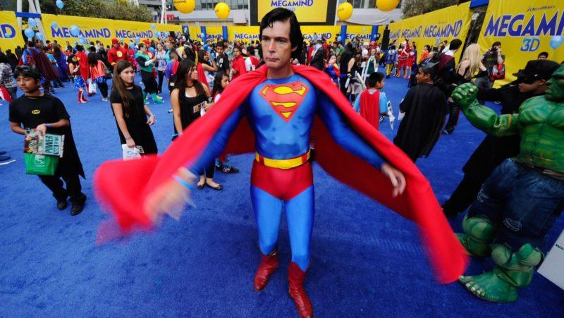 Videos: La trágica vida y muerte del Superman de Hollywood Boulevard