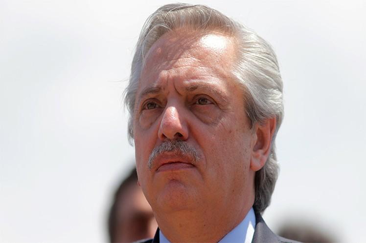 """Argentina, """"en gravedad extrema de emergencia"""", afirma el presidente Fernández, al heredar 15 millones de pobres del gobierno neoliberal"""
