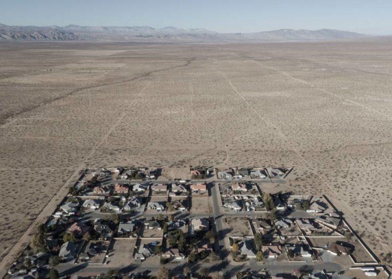 El gran engaño de California City: quisieron reproducir en el desierto una ciudad tipo Las Vegas y terminó en engaño