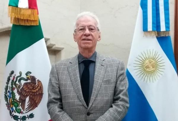 """Video: Pide AMLO no """"linchar"""" a embajador en Argentina por presunto robo"""