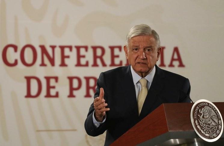 Migrantes hondureños fueron a México engañados: les ofrecieron libre paso para llegar a la frontera con EU, afirma López Obrador
