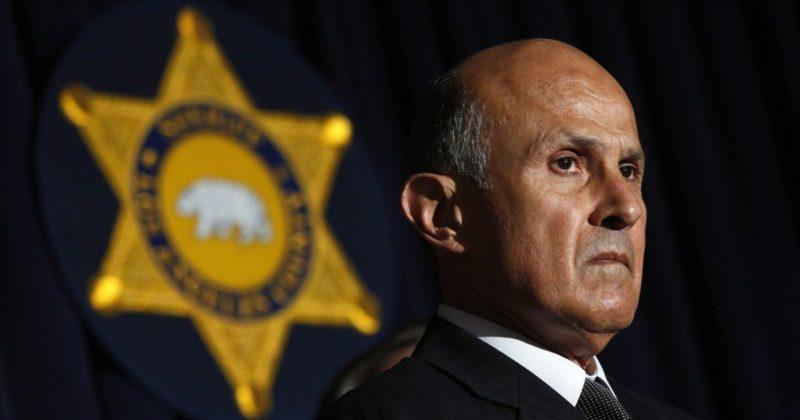 Ex titular del Sheriff de Los Angeles, Lee Baca, puede ser encarcelado tres años