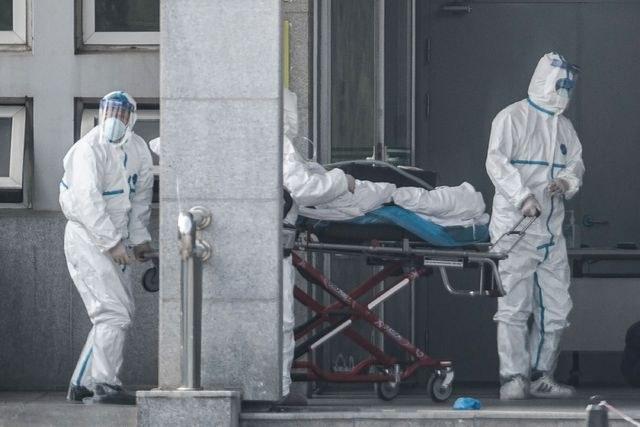 Nuevo virus de neumonía se contagia entre humanos, confirma China