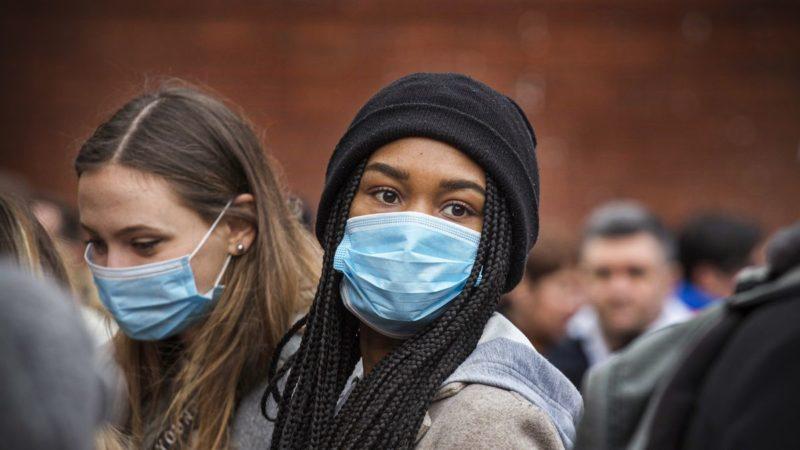 """CDC confirma el primer contagio de coronavirus """"de origen desconocido"""" en el norte de California"""