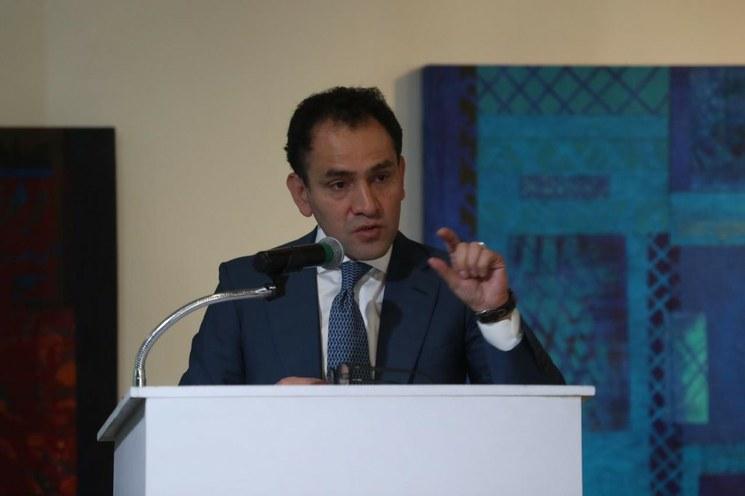 La 4T no está en riesgo por bajo crecimiento y falta de inversión, dice el titular de Hacienda, Arturo Romo