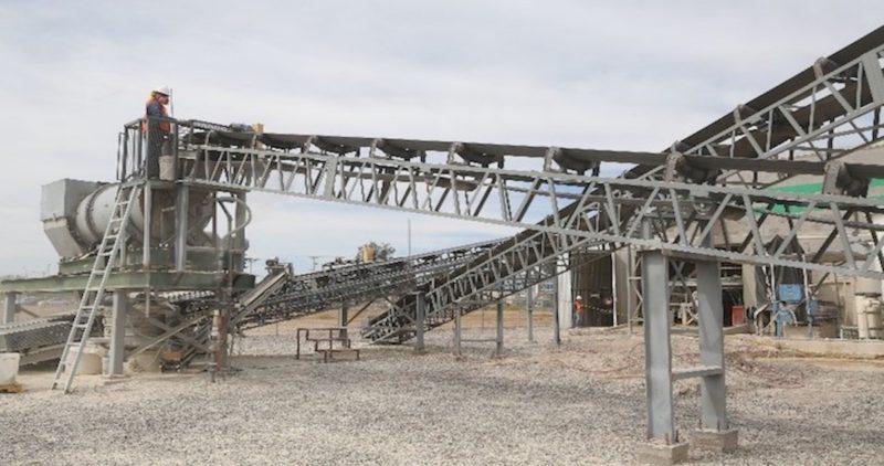 """El Gobierno asume la rectoría de cuatro yacimientos de litio en el país; """"es estratégico"""", dice la Secretaría de Economía"""