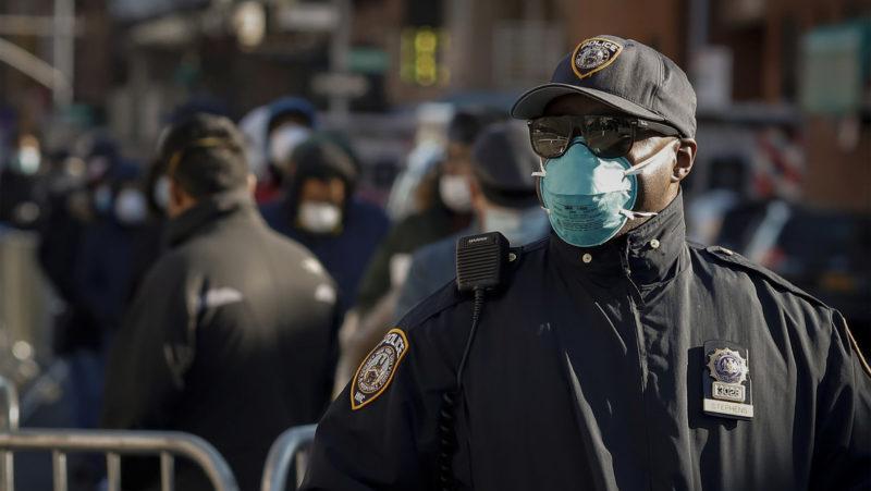 EE.UU. se convierte en el país con más casos diagnosticados del coronavirus en el mundo: 82 mil 404