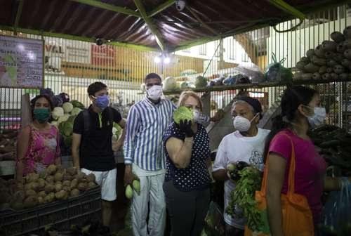 Maduro denuncia las sanciones de EU en medio de la pandemia