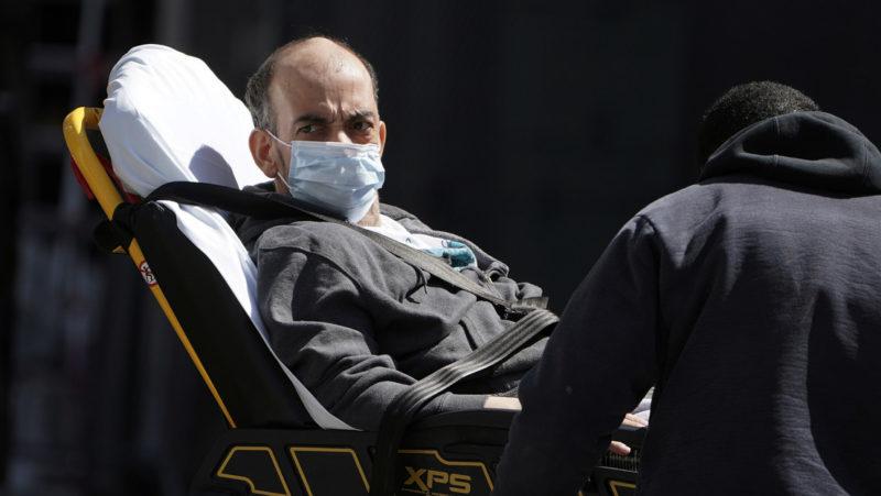"""Video: """"Nueva York está en crisis, ayuden a Nueva York"""", pide su gobernador. Advierte que enfermos de coronavirus morirán por falta de camas y respiradores"""