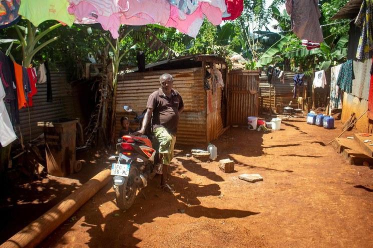 Pandemia dejará 500 millones más de pobres en el mundo: Oxfam