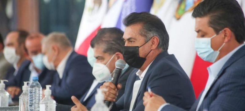 """Arman 'frente económico' 5 estados y empresarios; """"así no gobernadores"""", responden emanados de Morena"""