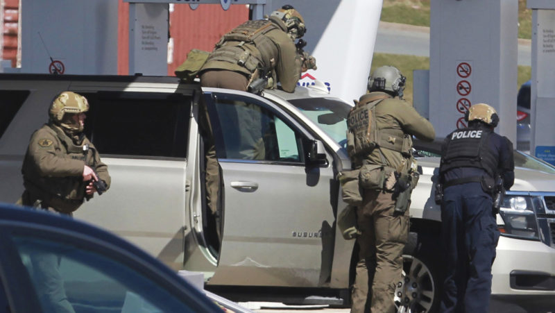 Al menos 18 personas fallecen en el tiroteo más letal en la historia de Canadá