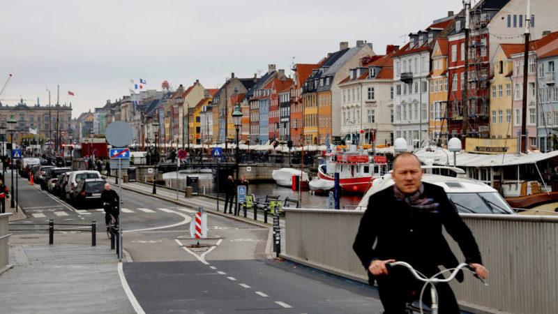Austria y Dinamarca empiezan a volver a la normalidad