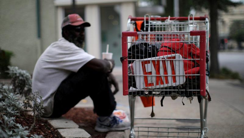 Videos: 5.2 millones de cesantes más en una semana en EU. Han sido perdidos 22 millones de empleos por la pandemia