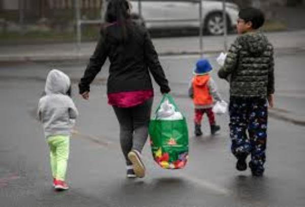 El distrito escolar angelino, líder nacional en atención a estudiantes, sus familias y comunidades necesitadas que la pandemia hizo más vulnerables