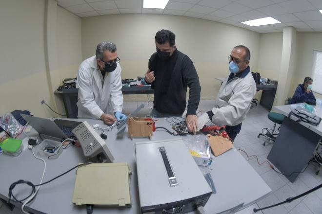 Universitarios de Baja California crean ventiladores respiratorios