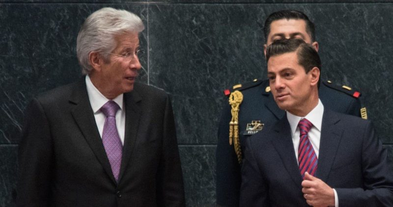 La muerte de Ruiz Esparza no debe frenar denuncias: quedan Peña, Eruviel y Del Mazo, dice investigador de tramas de corrupción
