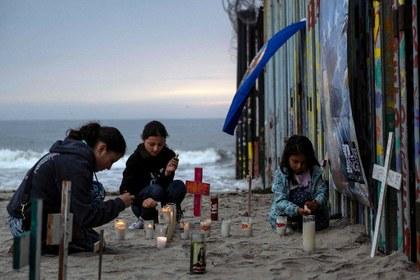 Deportación rápida y en las noches de migrantes desde EU aumenta riesgo de contagios en México