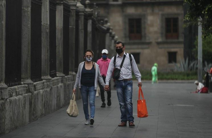 México, lejos de controlar la primera ola de Covid-19, asegura la UNAM. Con un creciente número de contagios, se encuentra igual que Brasil, EU, Rusia y la India, dice