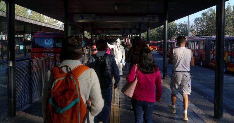 México confirma 501 muertes más por la COVID-19, y supera las 8 mil. Ya hay casi 15 mil casos activos