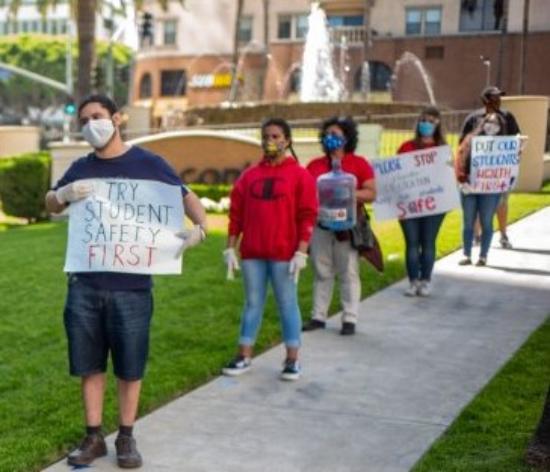 Videos: Padres y maestros demandan a LAUSD que no permita que chárter operen dentro de planteles públicos, aduciendo que el hacinamiento atenta contra el distanciamiento social