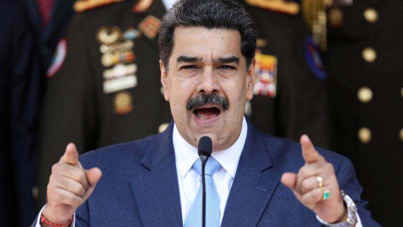 El avión iraní con ayuda humanitaria llega a Venezuela. Maduro dice que EU vive una primavera antirracial