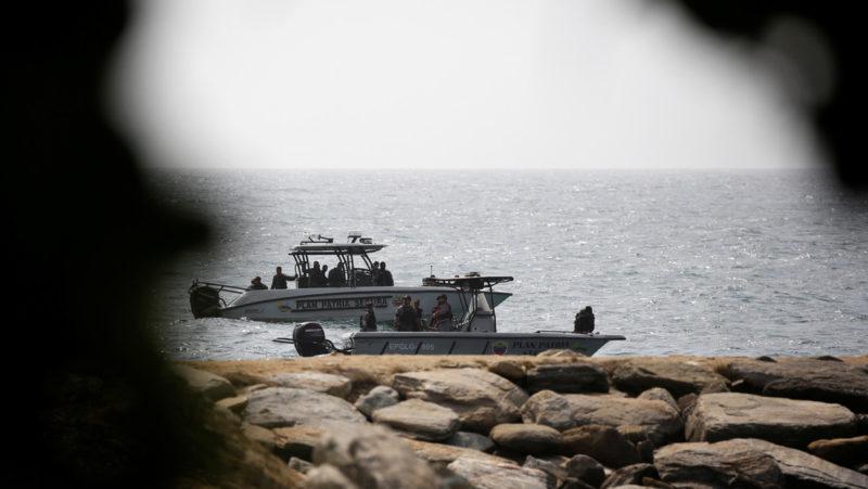 """Fuerzas armadas venezolanas abaten y capturan a """"merecenarios terroristas"""" que quisieron desembarcar en La Guaira"""