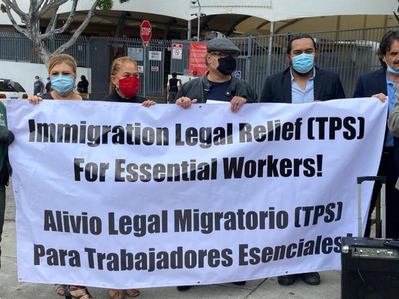 Líderes mexicanos y centroamericanos en EU piden a Trump que otorgue a los trabajadores esenciales indocumentados el Estado de Protección Temporal (TPS)
