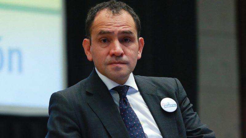 Videos: El titular de Hacienda, Arturo Herrera, informa que tiene COVID-19