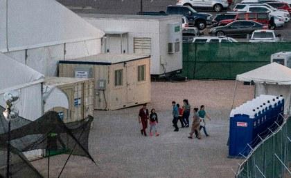 El drama de migrantes detenidos y bajo la amenaza del COVID