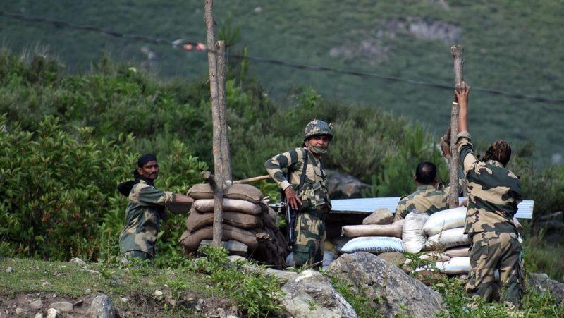 La India eleva a 20 la cifra de militares muertos en un enfrentamiento con tropas chinas en zona fronteriza