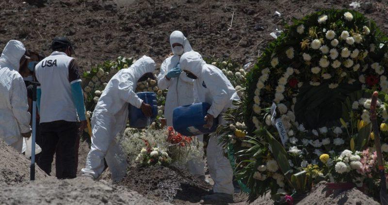México confirma 816 muertes más por la COVID-19, y supera las 12 mil. Hay 18 mil 377 casos activos