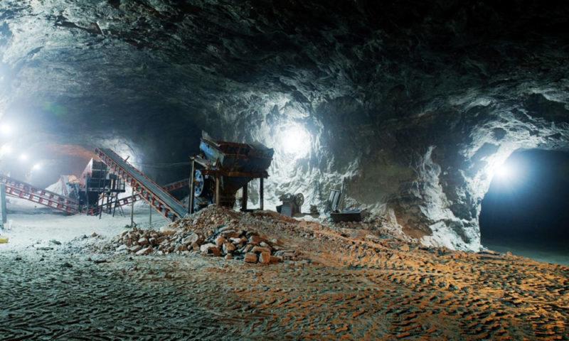 Mineras canadienses se niegan a pagar adeudos de impuestos. AMLO pidió intervención del embajador de ese país y si no hay resultados habrá litigio internacional