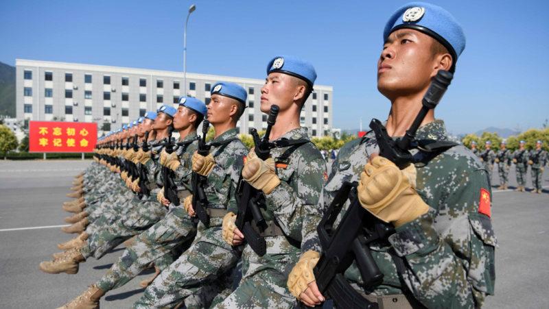 Video: El Ejército chino presenta un fusil electromagnético silencioso que perfora el acero