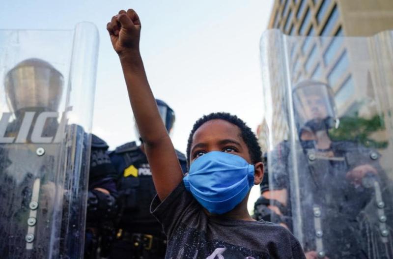 """""""Mientras los afroamericanos no puedan respirar, no descansaremos"""", asegura el Sindicato de Maestros de Los Angeles al patentizarles su apoyo y ofrecer su contribución para """"desmantelar el racismo institucional deshumanizador"""""""